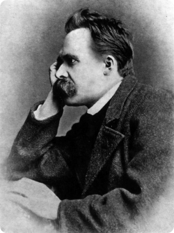 Nietzsche | Entre a mitologia e a crítica da cultura