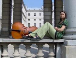 Entrevista com a violoncelista polonesa Evva Mizerska